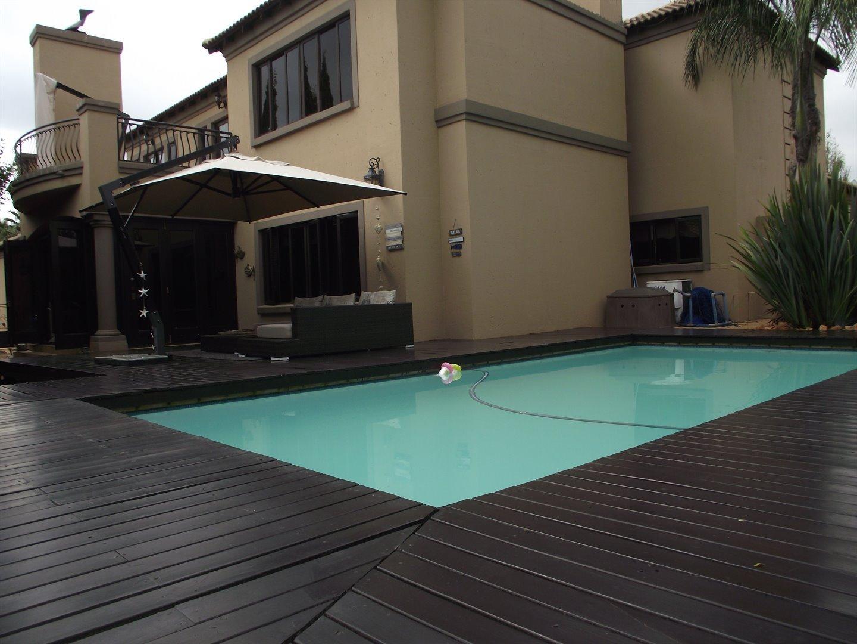 Midstream Estate property for sale. Ref No: 13477549. Picture no 8
