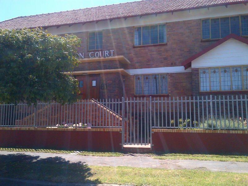 Property for Sale by DLC INC. ATTORNEYS Ernest De La Querra, Apartment, 1 Bedrooms - ZAR 420,000
