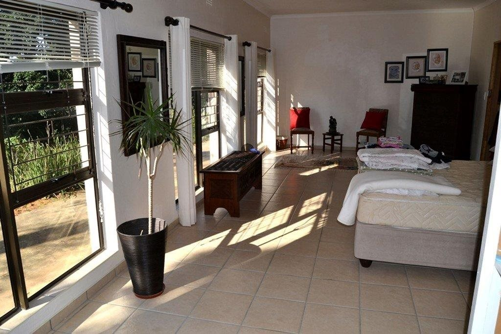 Hibberdene property for sale. Ref No: 13231211. Picture no 22