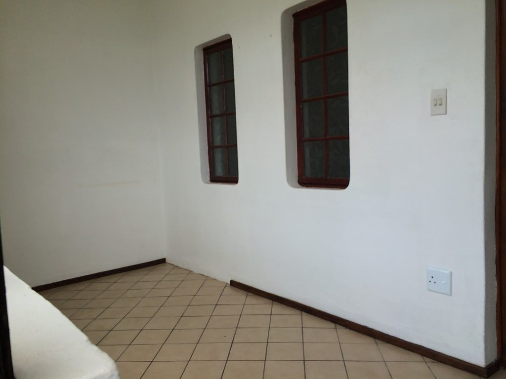 Uvongo property for sale. Ref No: 13320561. Picture no 6