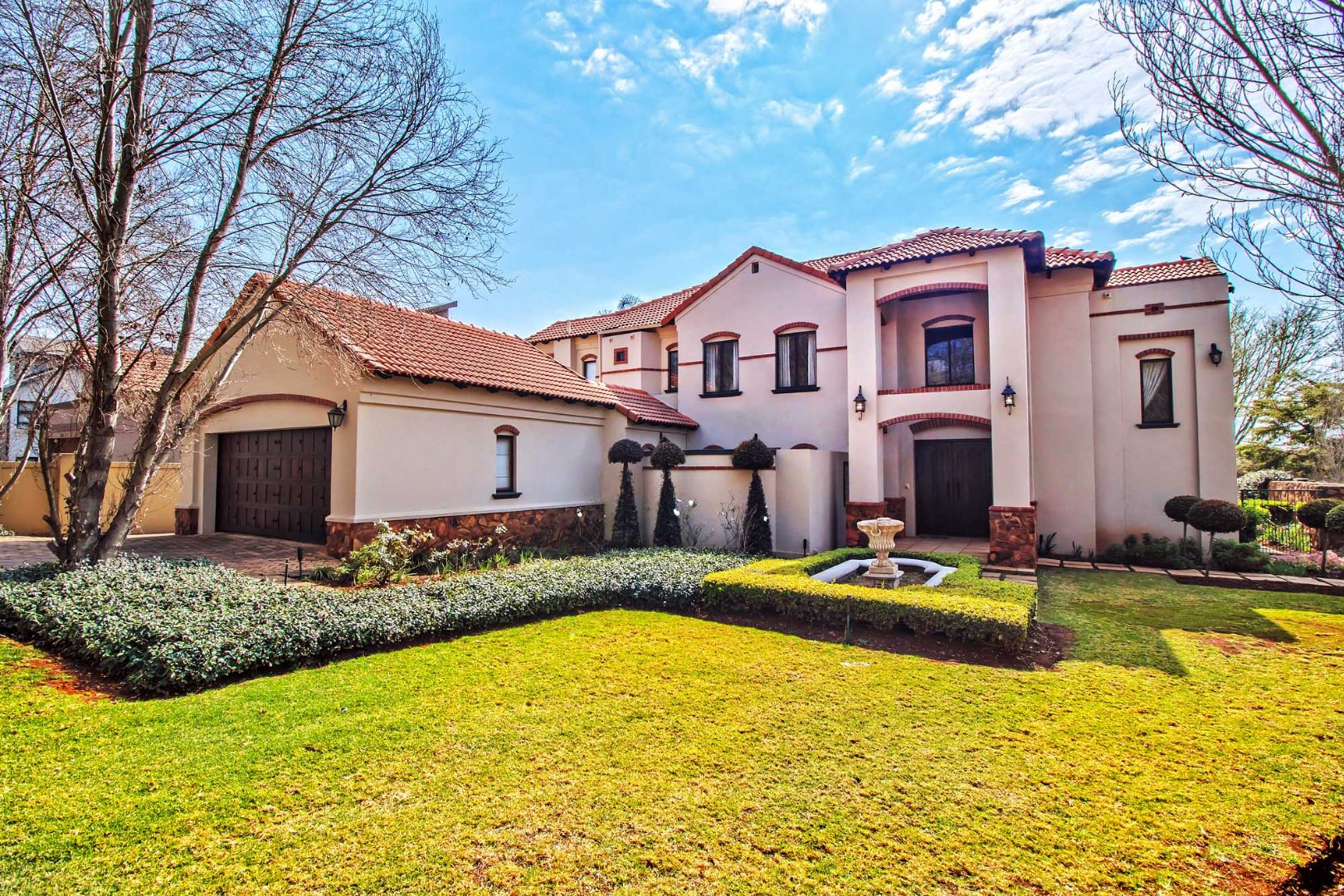 Property and Houses for sale in Willow Acres Estate, House, 4 Bedrooms - ZAR 3,250,000
