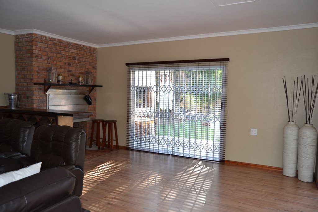 Ceres property for sale. Ref No: 13503997. Picture no 12
