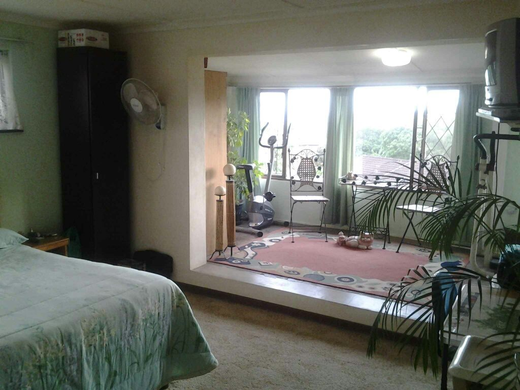 Southport property for sale. Ref No: 13330200. Picture no 15