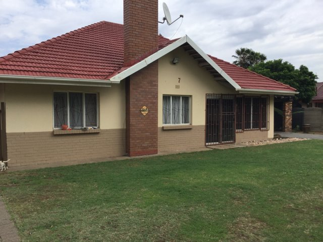 Three Rivers property for sale. Ref No: 13403355. Picture no 14