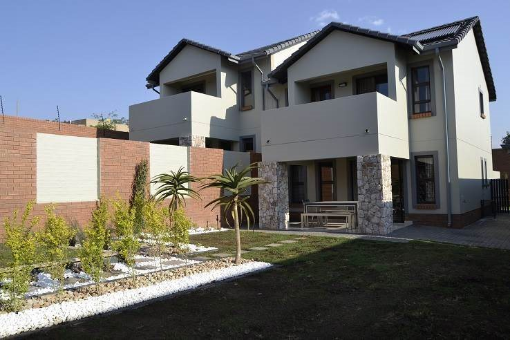 Midrand, Kyalami Hills Property  | Houses For Sale Kyalami Hills, Kyalami Hills, Apartment 3 bedrooms property for sale Price:2,499,000