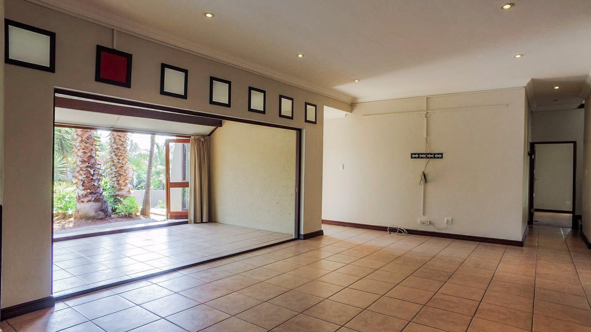 Irene View Estate property for sale. Ref No: 13519995. Picture no 6