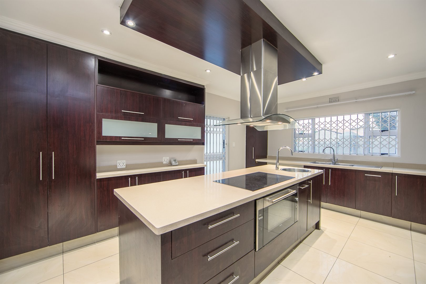Lonehill property for sale. Ref No: 13510684. Picture no 3