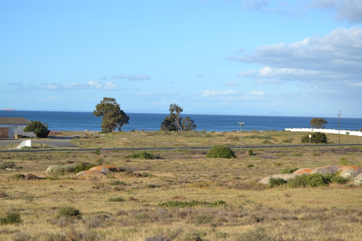 Da Gama Bay property for sale. Ref No: 13249758. Picture no 6