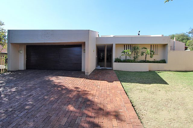 Property and Houses to rent in Woodmead, House, 4 Bedrooms - ZAR , 23,00*,M