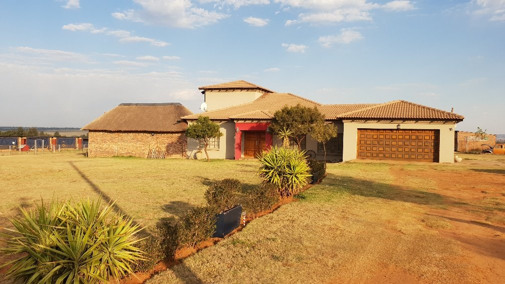 Allewynspoort property for sale. Ref No: 13497711. Picture no 36