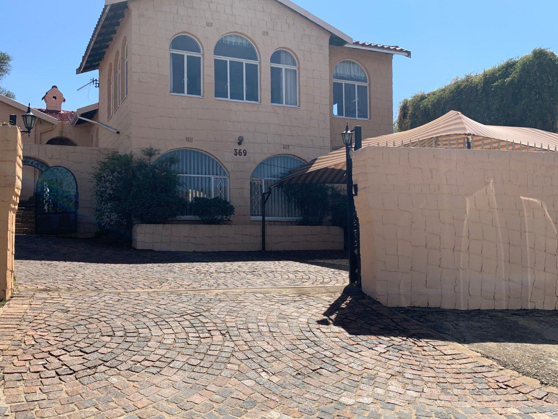 , House, 3 Bedrooms - ZAR 1,950,000