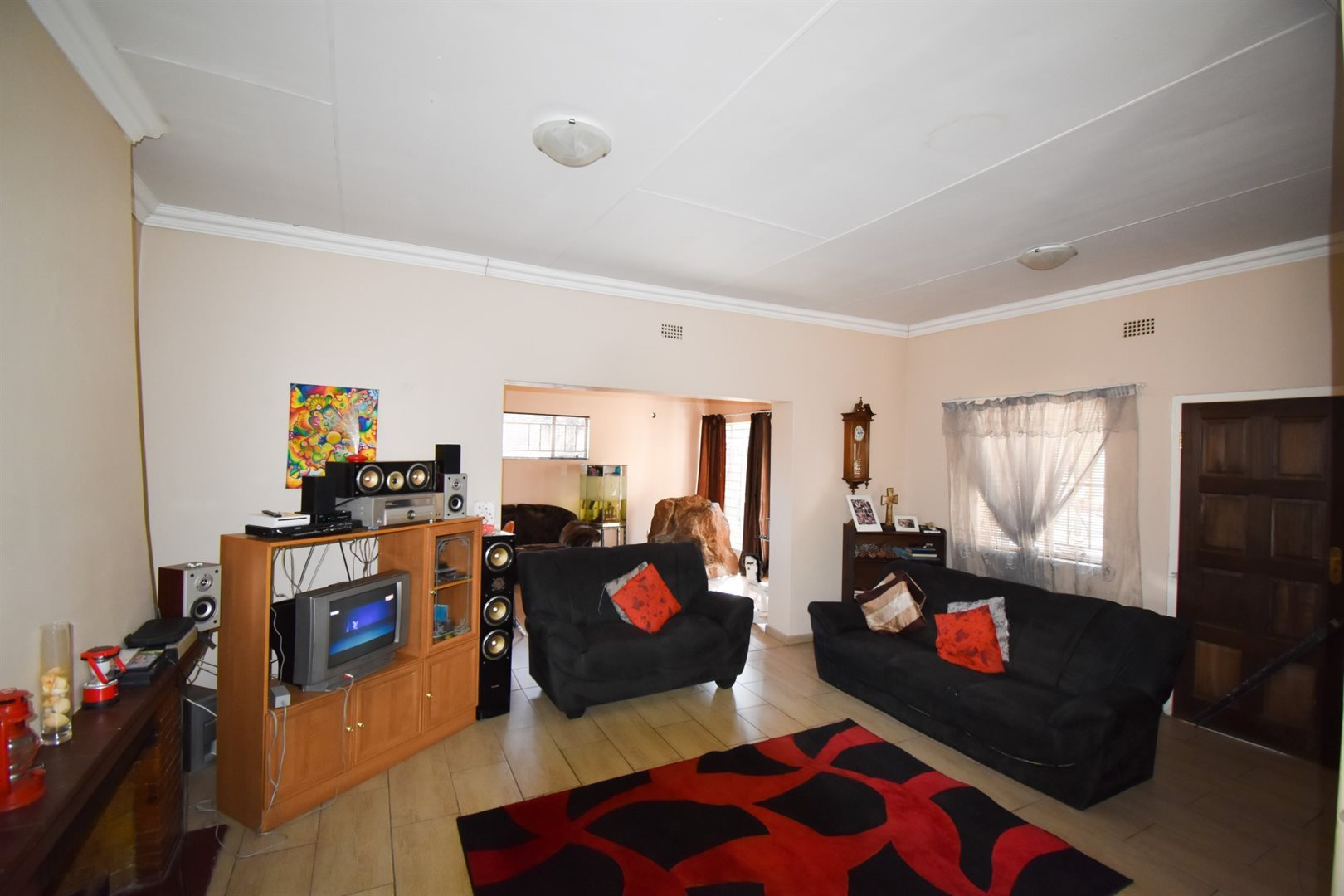 Three Rivers property for sale. Ref No: 13521422. Picture no 2