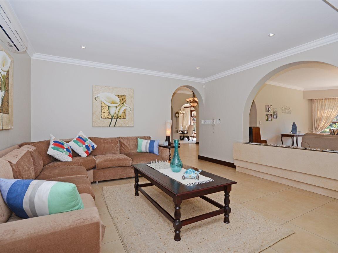 Houghton Estate property for sale. Ref No: 13429041. Picture no 4