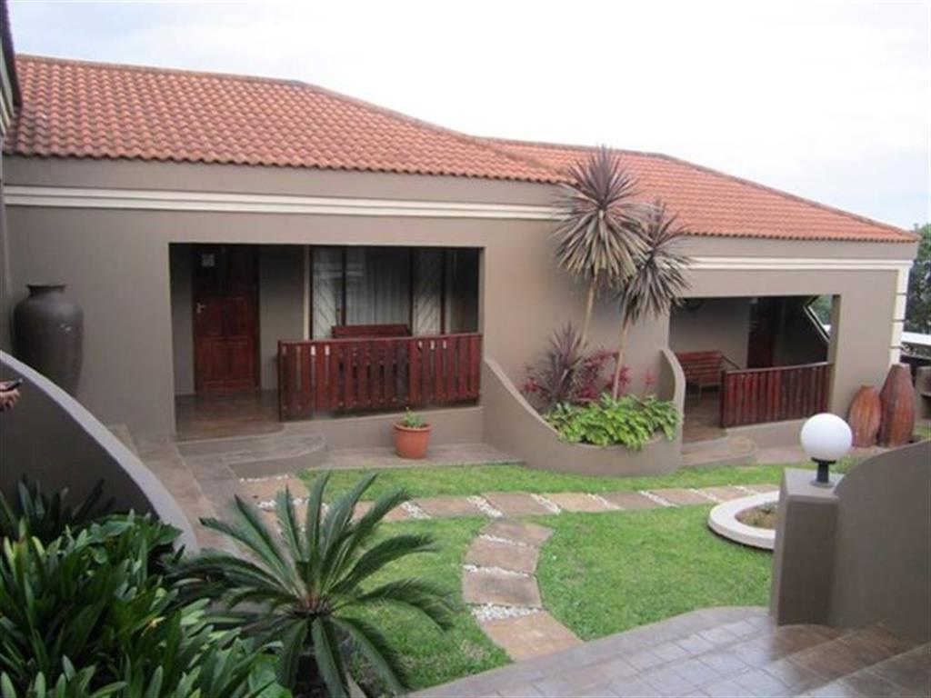 , House, 5 Bedrooms - ZAR 2,950,000