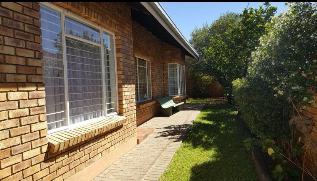 Property and Houses for sale in Northern Cape - Page 5, House, 3 Bedrooms - ZAR 1,368,000