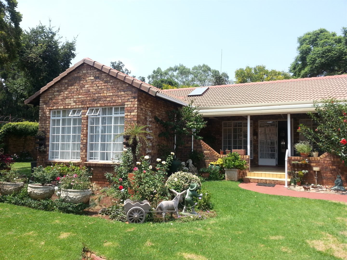Die Hoewes property for sale. Ref No: 13586945. Picture no 1