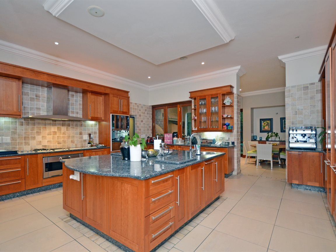 Morningside property for sale. Ref No: 13338027. Picture no 5
