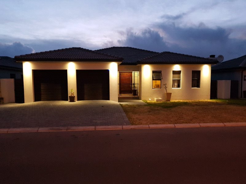 Brackenfell, Brackenfell Property  | Houses To Rent Brackenfell, Brackenfell, House 4 bedrooms property to rent Price:, 18,00*