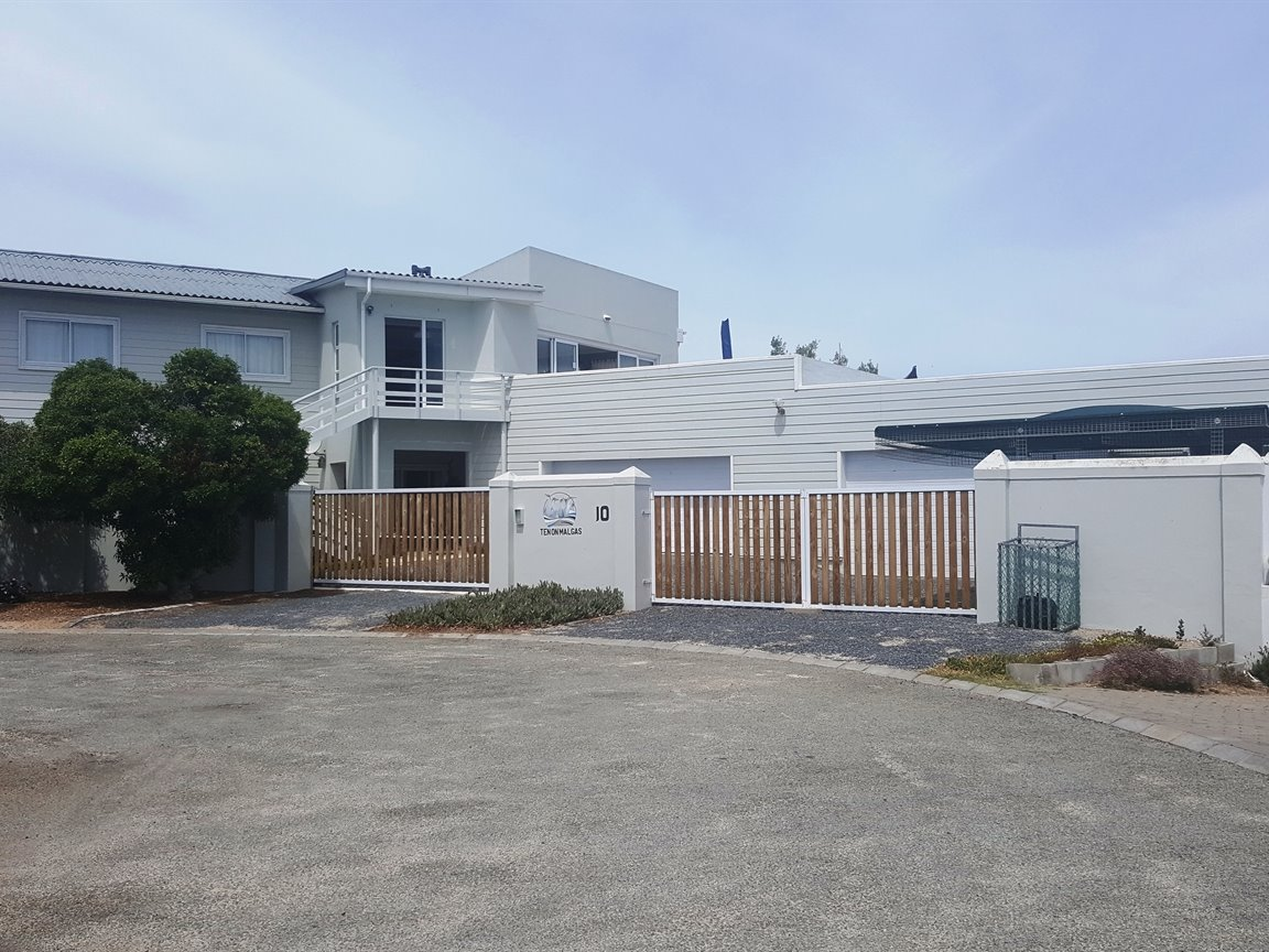 Yzerfontein property for sale. Ref No: 13425267. Picture no 2