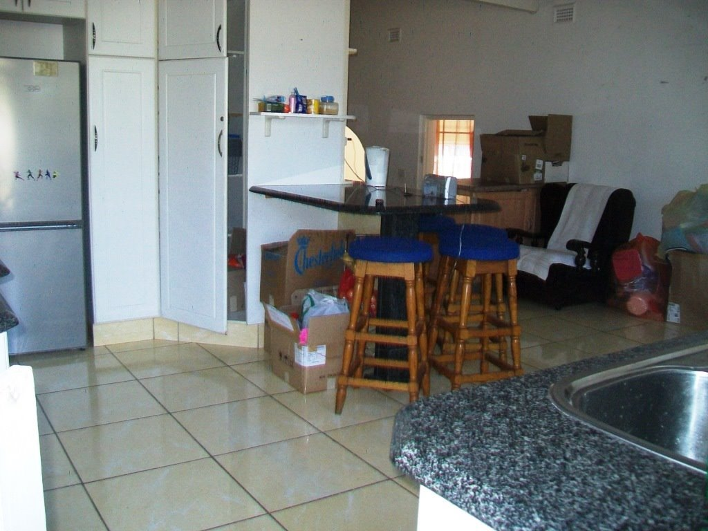 Crestholme property for sale. Ref No: 13505114. Picture no 7