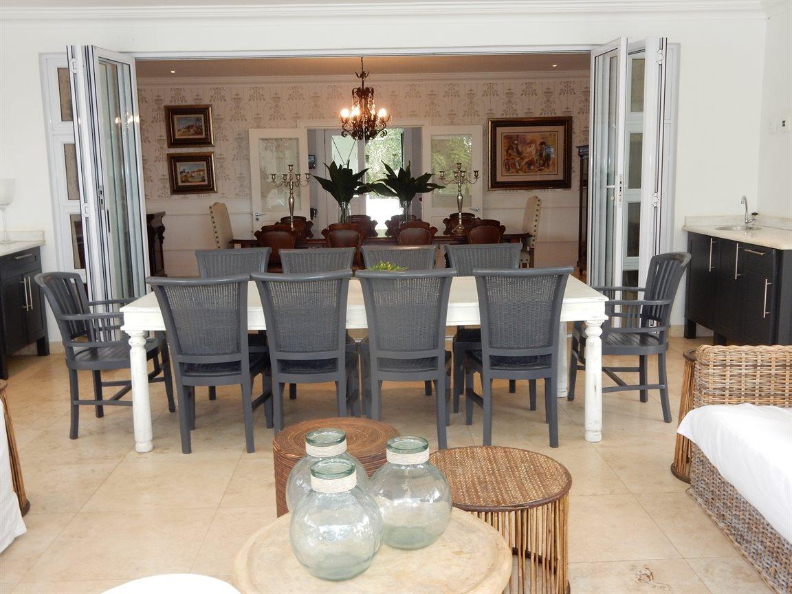Bryanston property for sale. Ref No: 13290662. Picture no 3