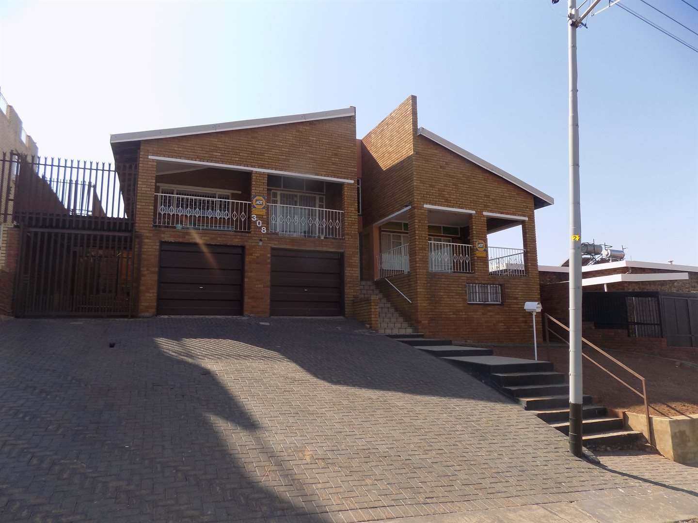 Laudium property for sale. Ref No: 13520957. Picture no 22