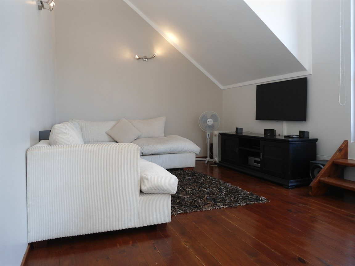 Waverley property to rent. Ref No: 13385025. Picture no 3