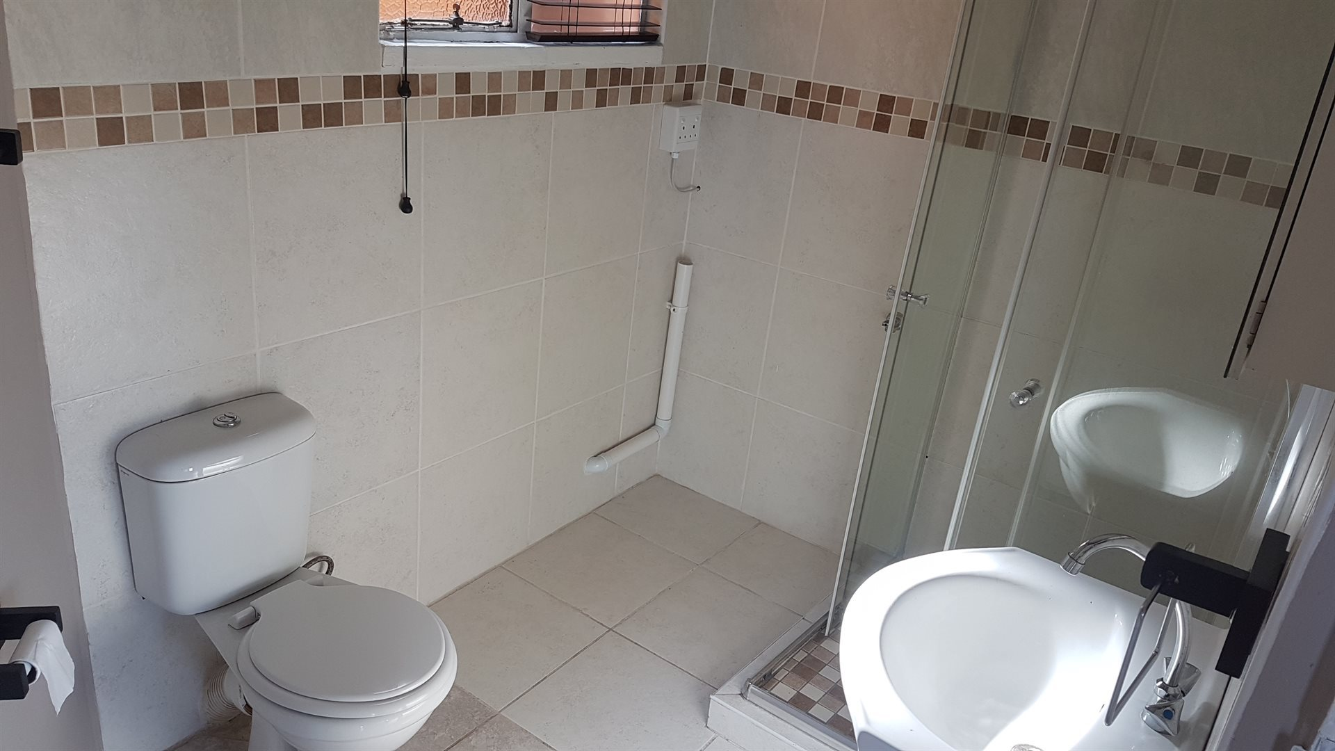 Southern Umlazi property to rent. Ref No: 13526004. Picture no 8