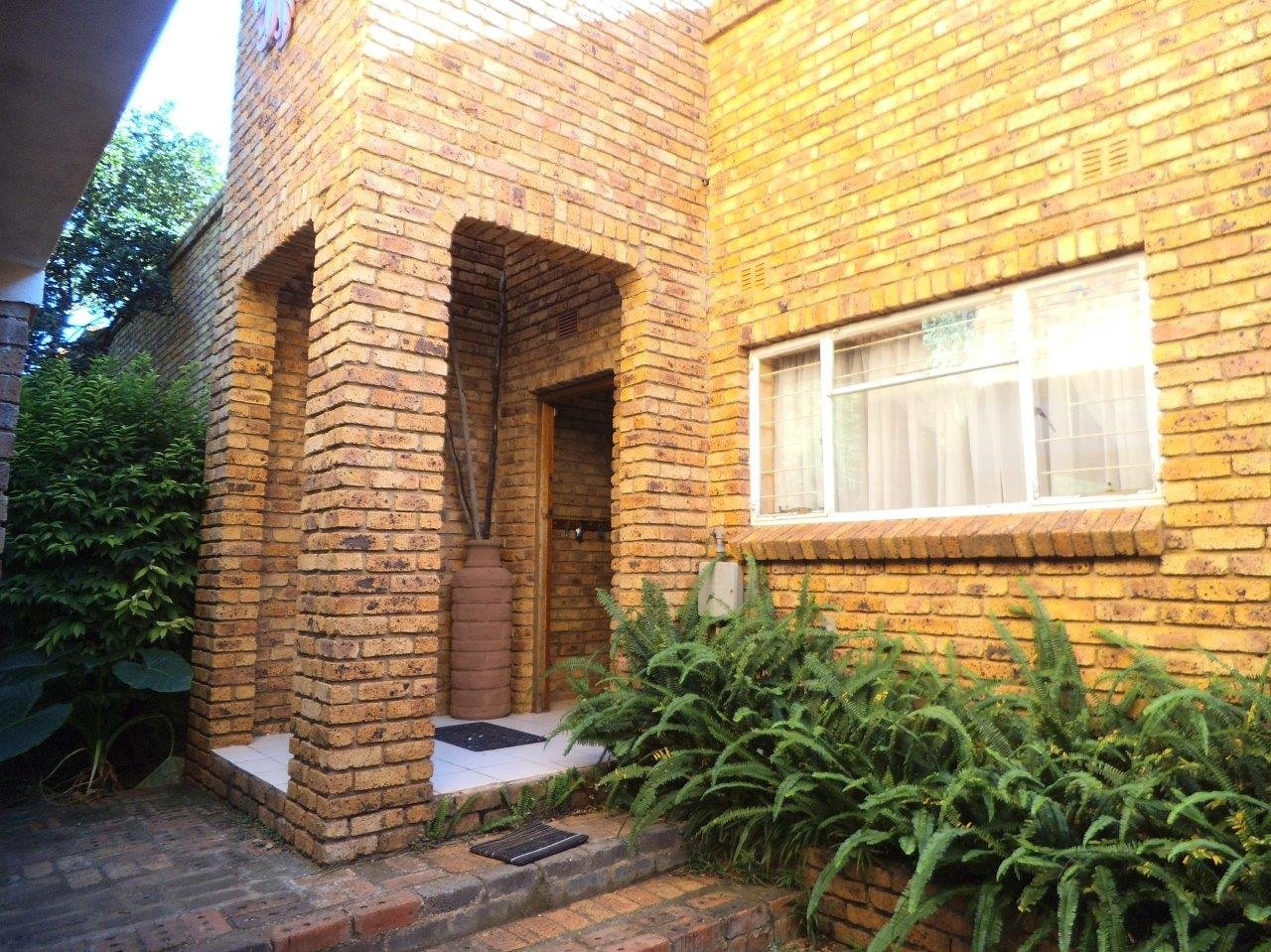 Johannesburg, Mulbarton Property  | Houses For Sale Mulbarton, Mulbarton, House 4 bedrooms property for sale Price:2,295,000