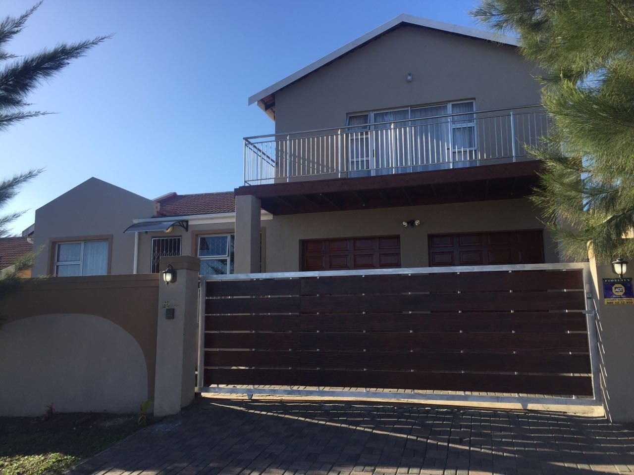 East London, Haven Hills Property    Houses For Sale Haven Hills, Haven Hills, House 4 bedrooms property for sale Price:1,395,000