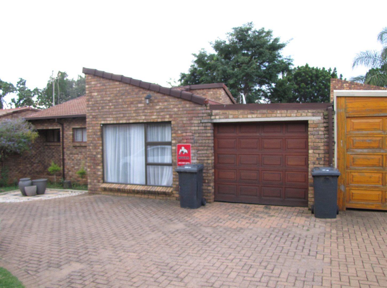 Pretoria, Garsfontein Property  | Houses For Sale Garsfontein, Garsfontein, House 4 bedrooms property for sale Price:1,420,000