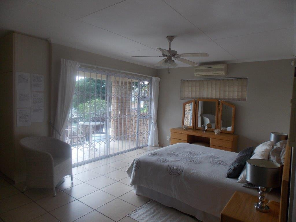 Amanzimtoti property for sale. Ref No: 13372994. Picture no 30