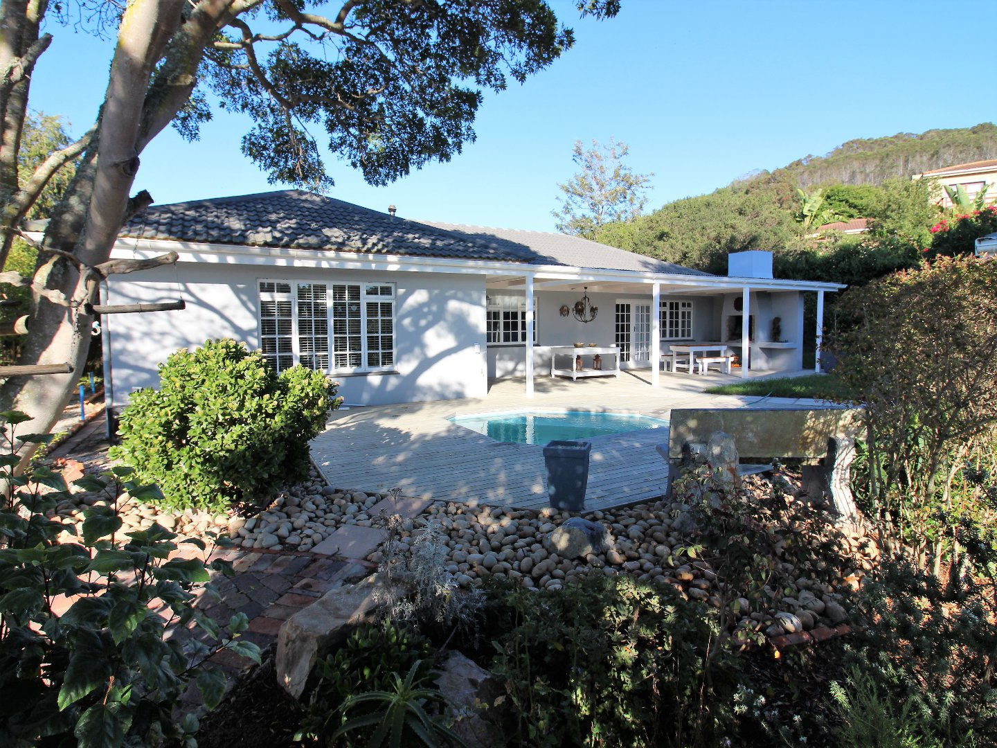 Lower Robberg property for sale. Ref No: 13623509. Picture no 1