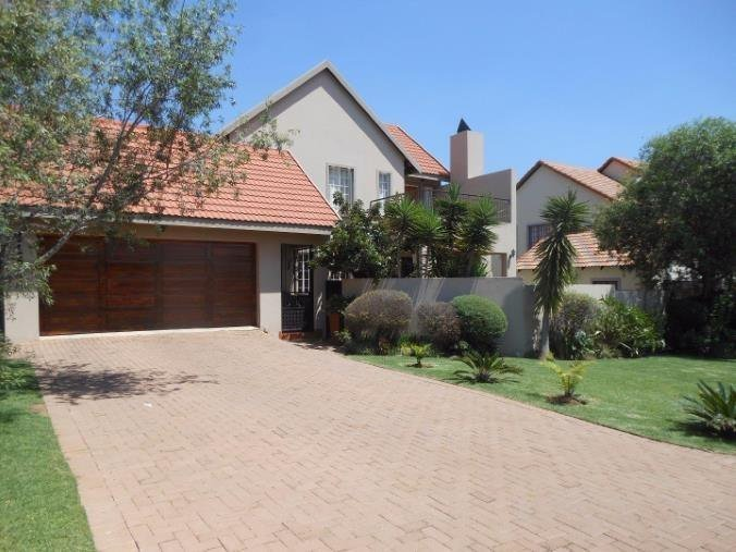 Centurion, Brooklands Lifestyle Estate Property  | Houses For Sale Brooklands Lifestyle Estate, Brooklands Lifestyle Estate, House 3 bedrooms property for sale Price:2,290,000