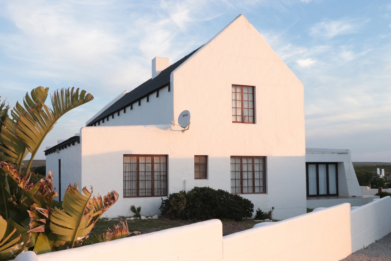 Property and Houses for sale in Paternoster, House, 4 Bedrooms - ZAR 3,750,000