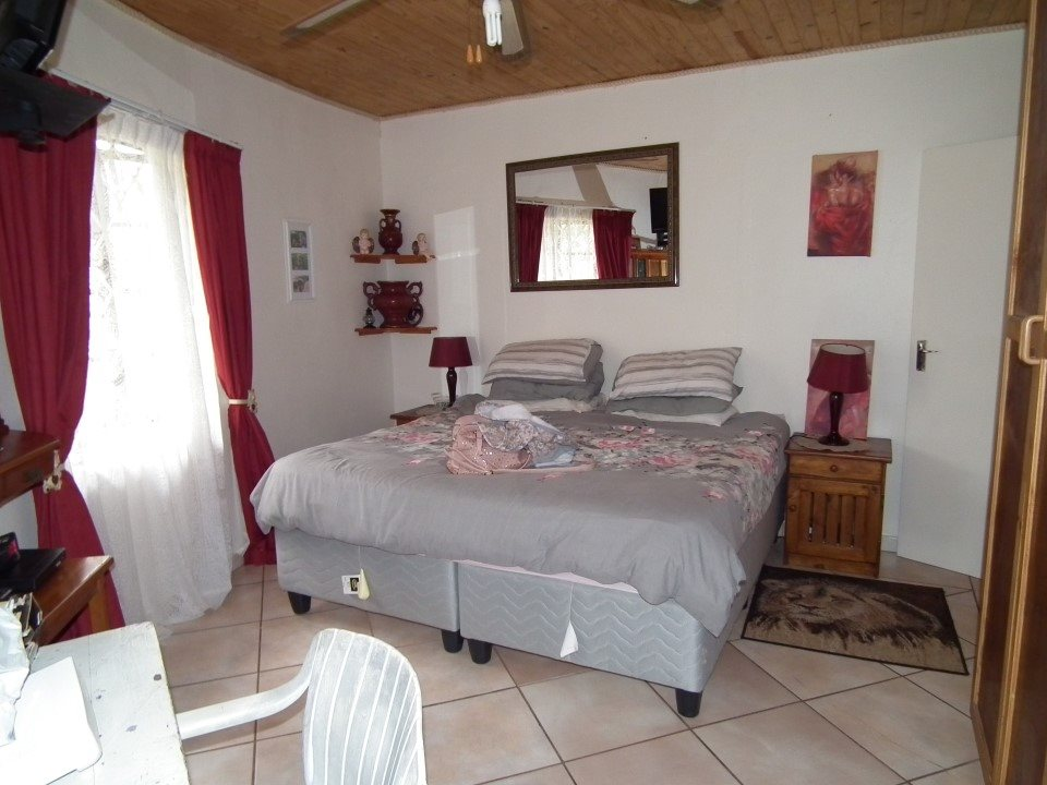 Umtentweni property for sale. Ref No: 13393032. Picture no 19
