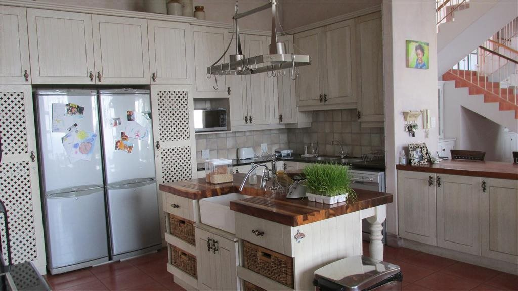 Southbroom property for sale. Ref No: 12760814. Picture no 9