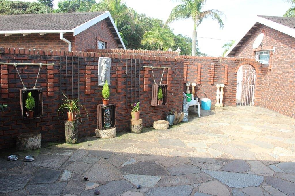 Umtentweni property for sale. Ref No: 12756822. Picture no 3