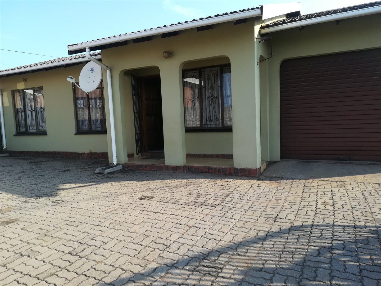 Esikhawini, Esikhawini Property  | Houses For Sale Esikhawini, Esikhawini, House 3 bedrooms property for sale Price:650,000