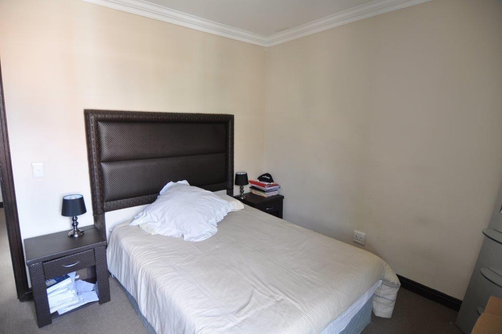 Broadacres property to rent. Ref No: 13503978. Picture no 7