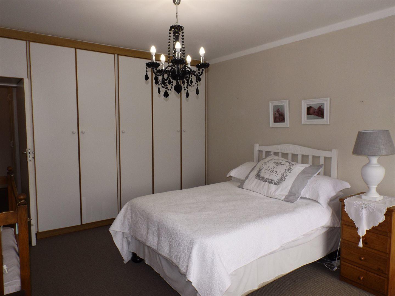 Bonnie Doone property for sale. Ref No: 13576132. Picture no 10