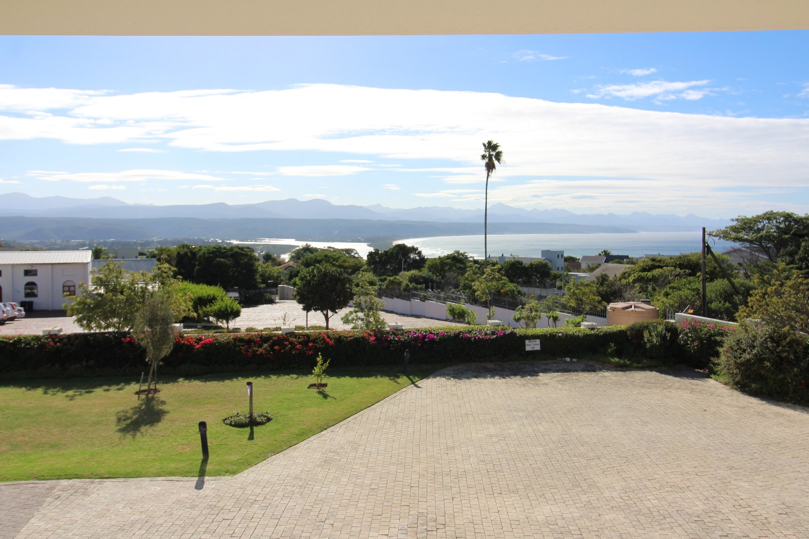 Property and Houses for sale in Bowtie, Apartment, 3 Bedrooms - ZAR 2,600,000