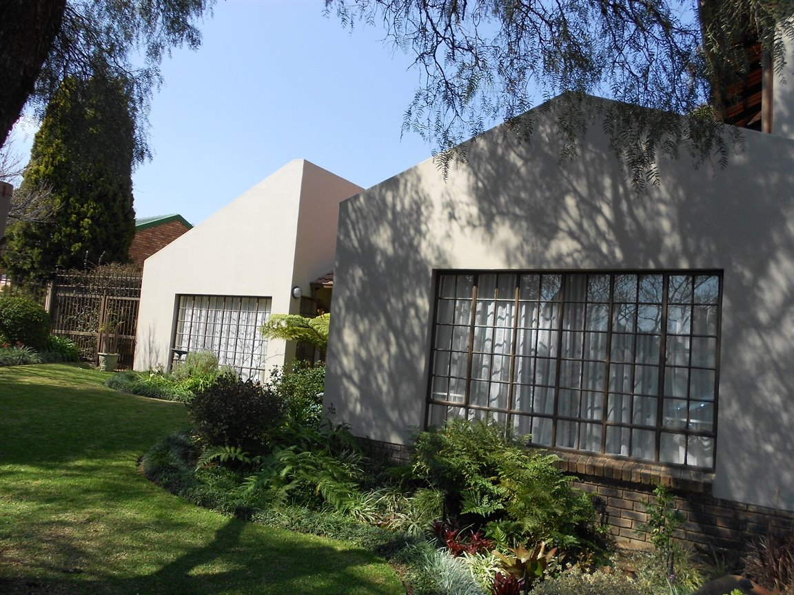 Centurion, Rooihuiskraal Property  | Houses For Sale Rooihuiskraal, Rooihuiskraal, House 4 bedrooms property for sale Price:2,050,000