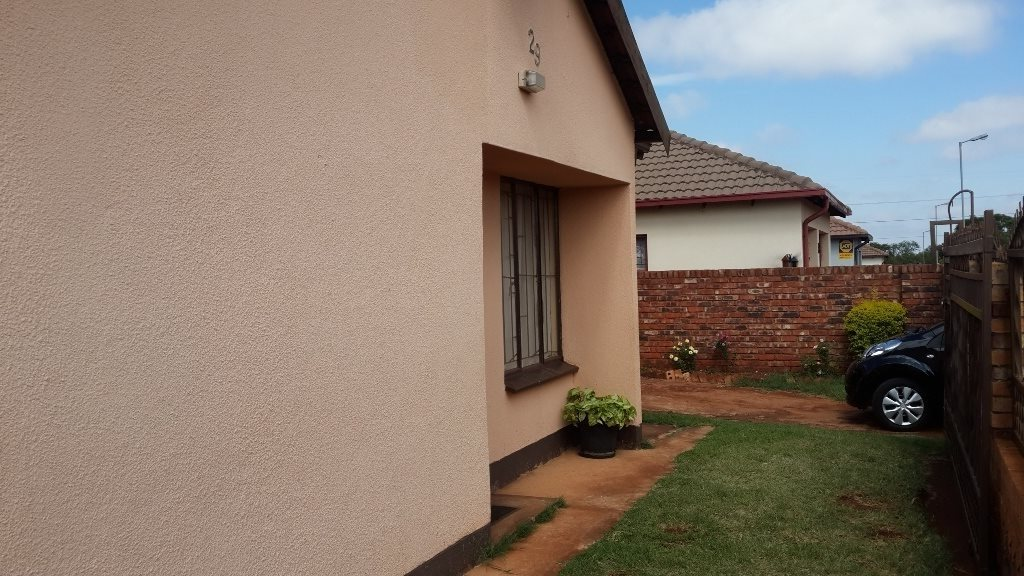 The Orchards property to rent. Ref No: 13571412. Picture no 4