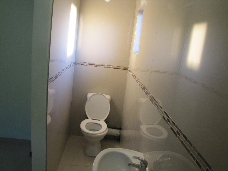 Lovu property for sale. Ref No: 13481638. Picture no 7