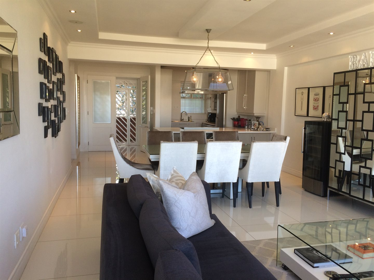 Property and Houses to rent in Fairways, Apartment, 1 Bedrooms - ZAR , 17,99*,M