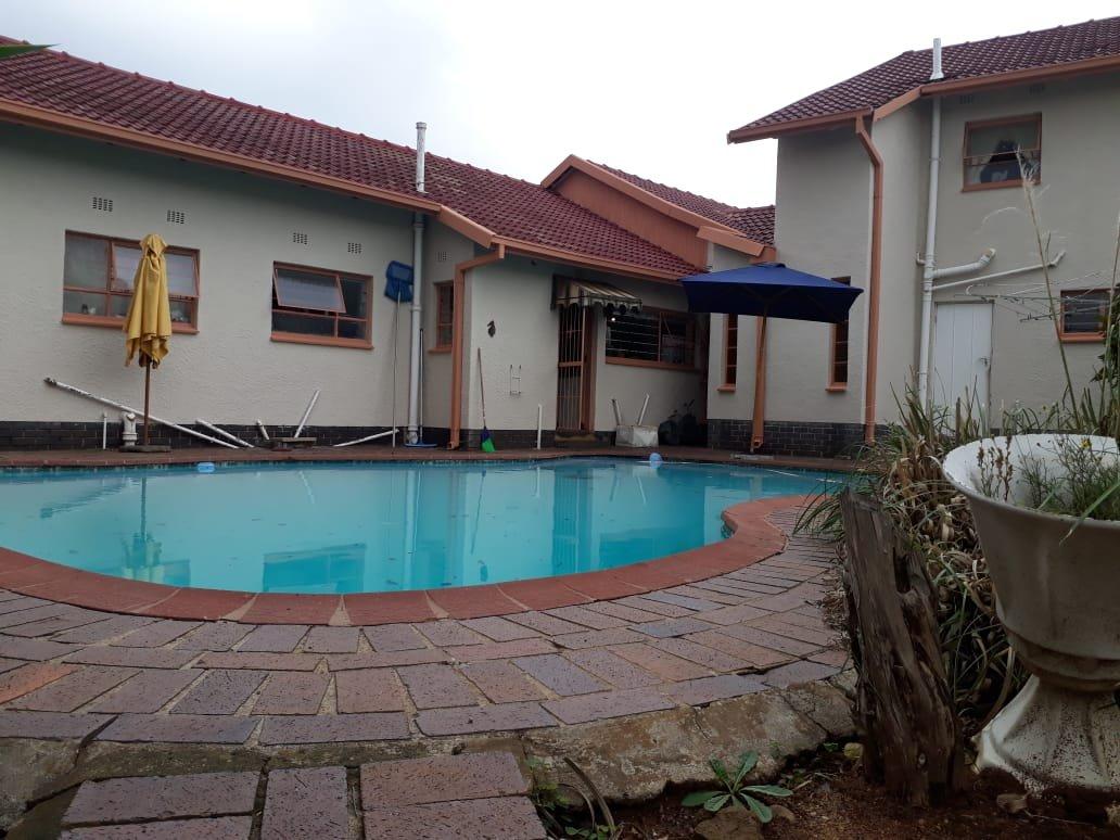 , House, 5 Bedrooms - ZAR 1,699,000