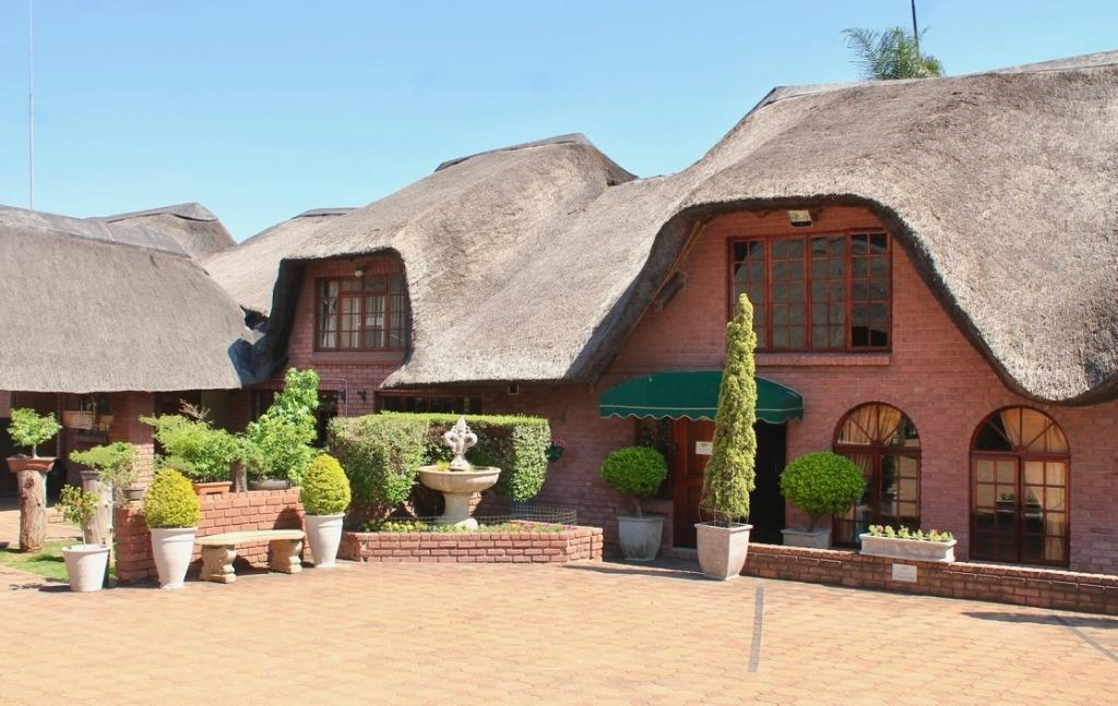 Property and Houses for sale in Mnandi, Farms, 6 Bedrooms - ZAR 8,950,000