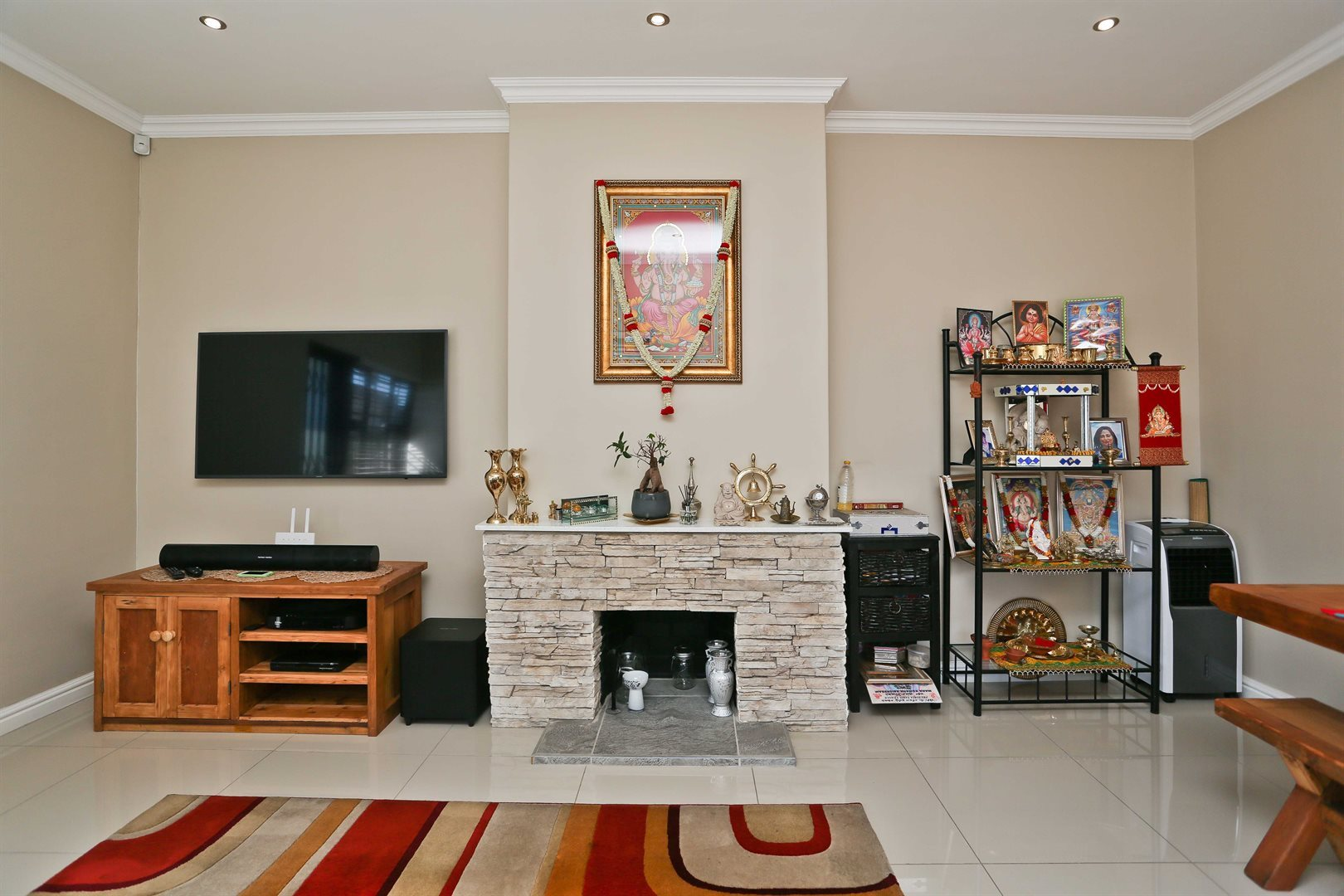 Plumstead property for sale. Ref No: 13581245. Picture no 8