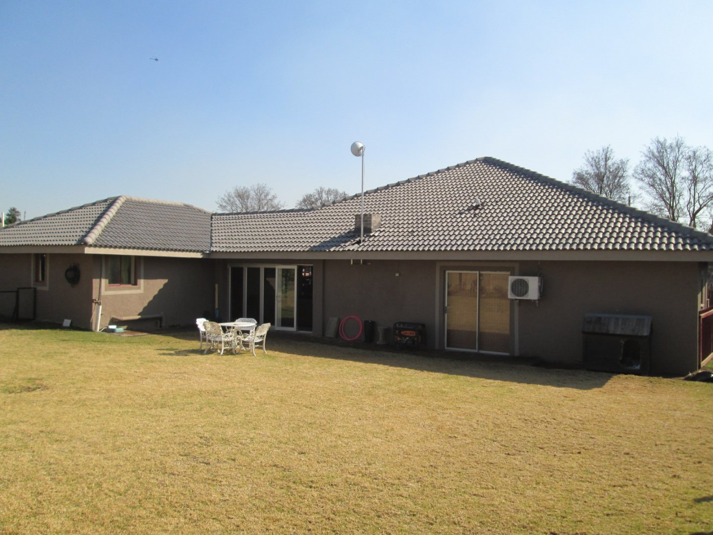 Property and Houses for sale in Raceview, House, 3 Bedrooms - ZAR 1,700,000